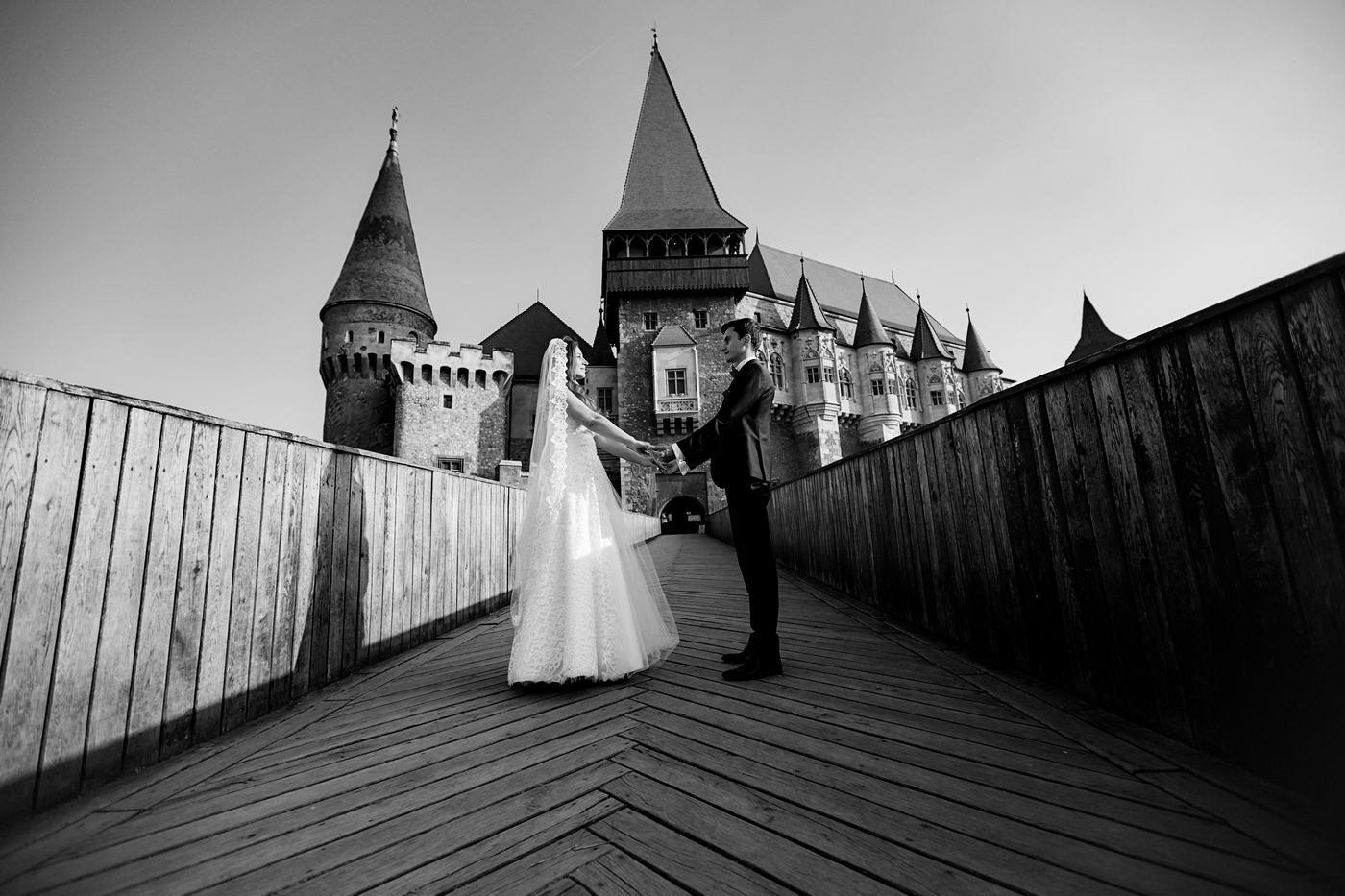 Trash The Dress Castelul Huniazilor (1)