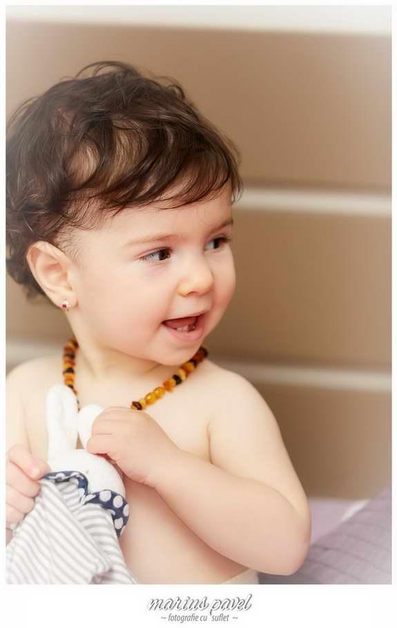 Fotografii fetita la un an