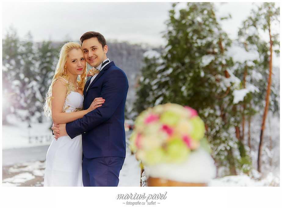 Sedinta foto de cuplu iarna