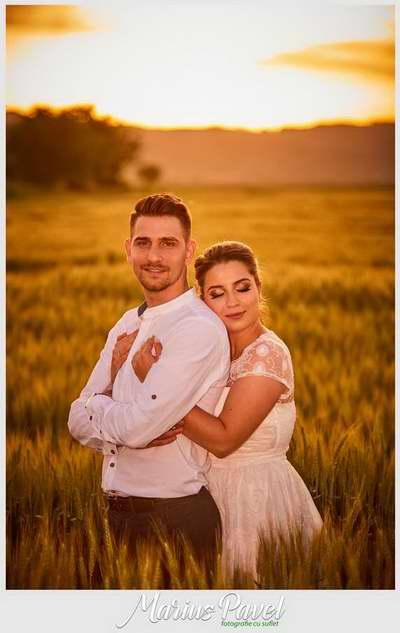 Fotografii de cuplu in grau